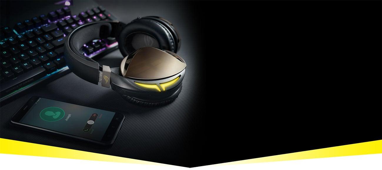 Der Kopfhörer mit der Aura RGB Beleuchtung ASUS ROG Strix Fusion 700