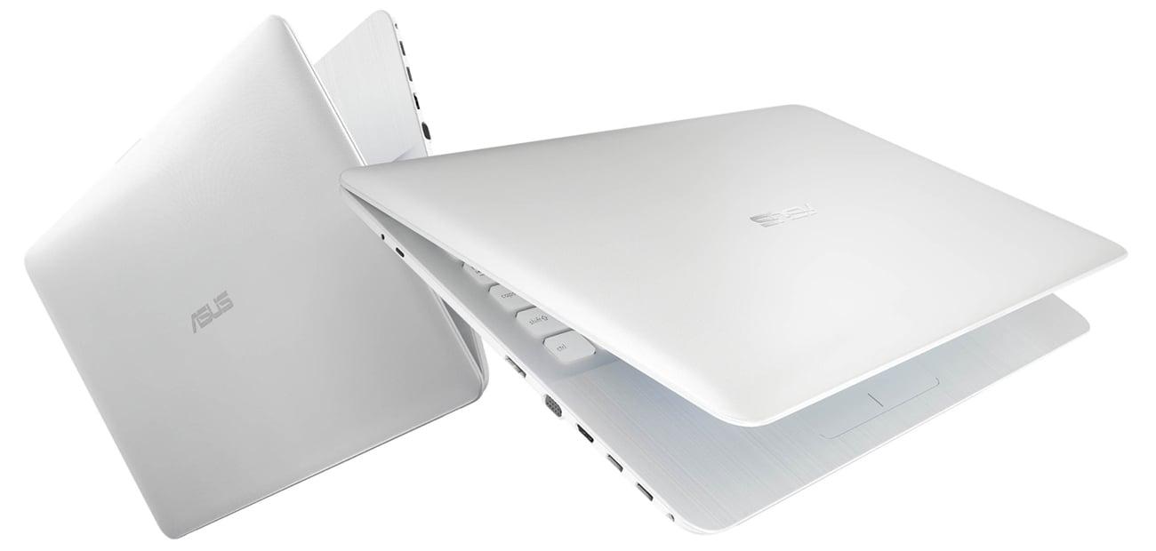 ASUS R541UV-DM1227 USB typu C