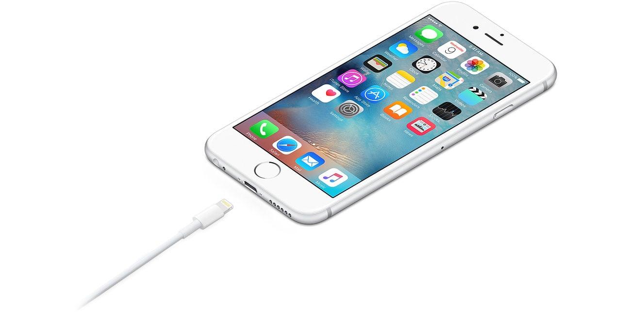 Apple MQUE2ZM/A Podłączanie urządzeń
