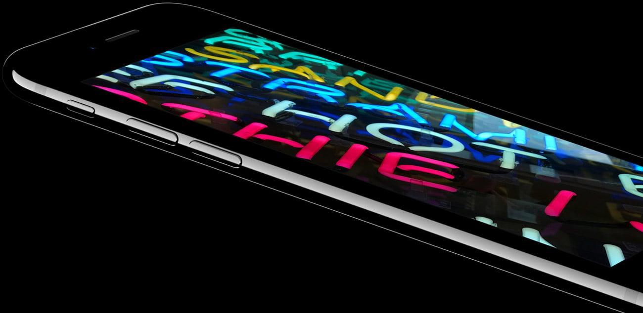 wyświetlacz retina w iPhone 7 Plus 128GB RED