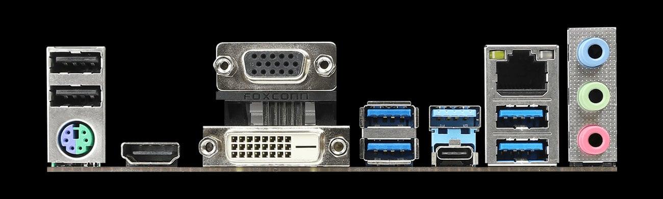 ASRock B365 Pro4 Złącza