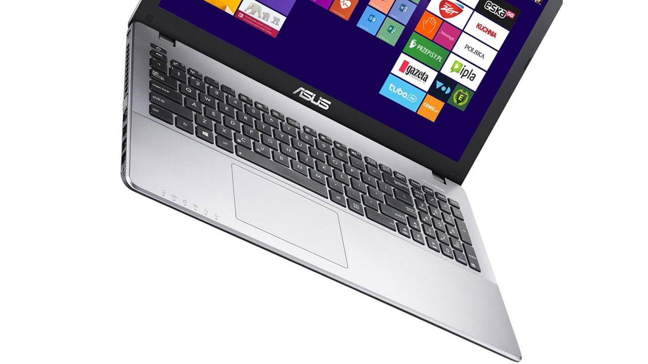 ASUS R510JX laptop z dużym touchpadem