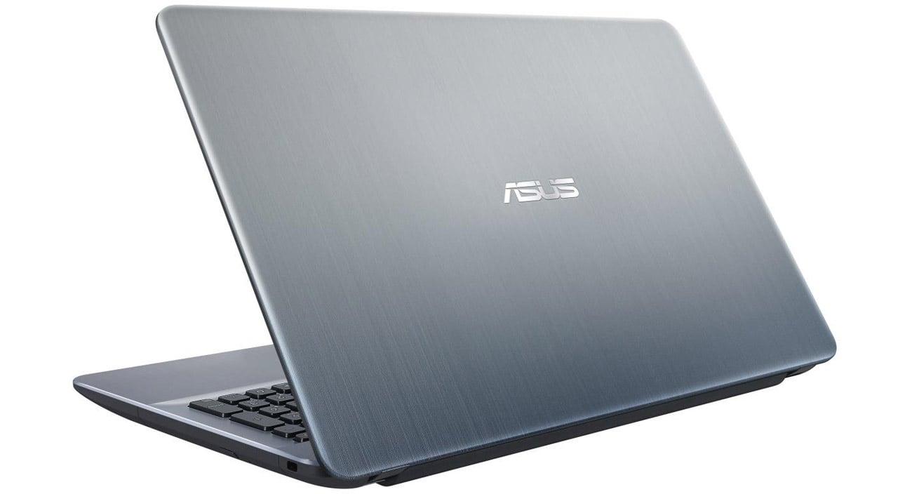 ASUS R541SA USB typu C