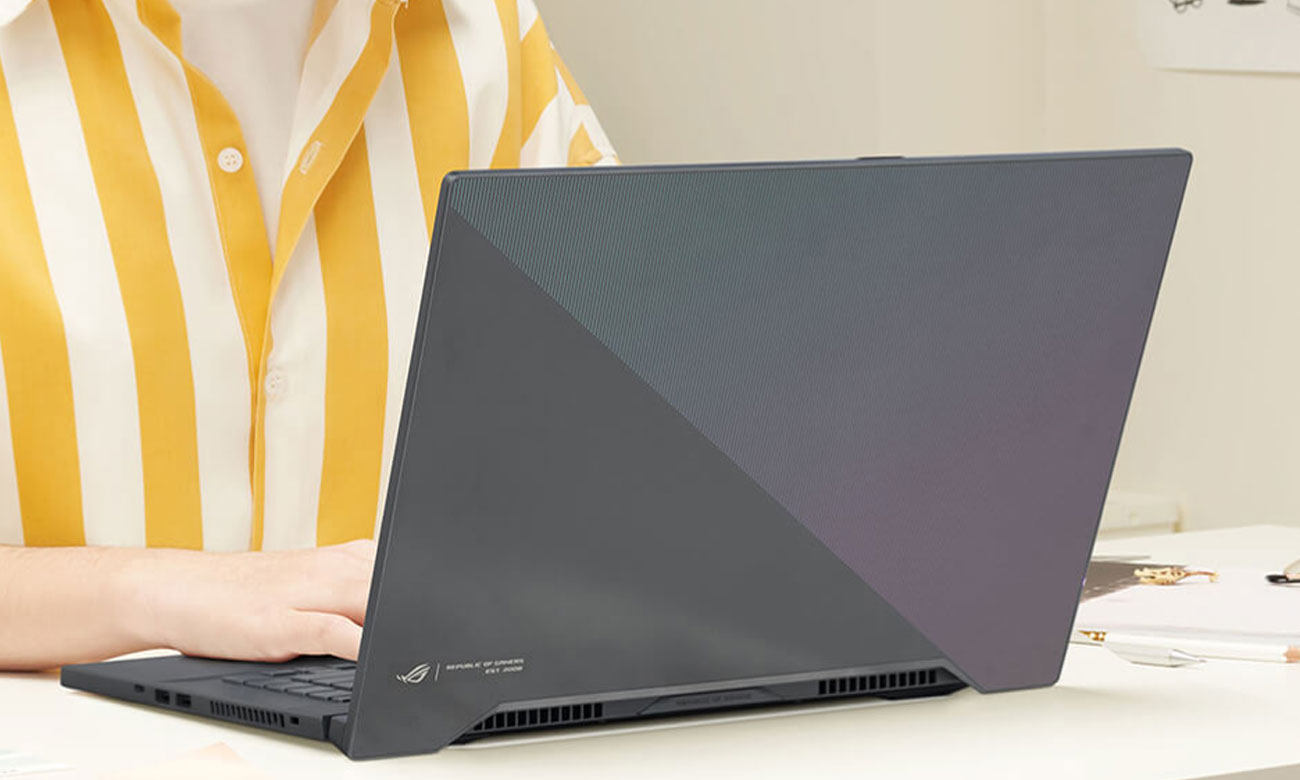 Игровой ноутбук ASUS ROG Zephyrus M15