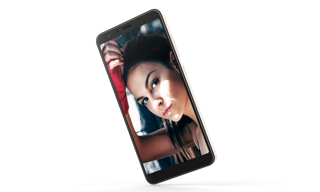 ASUS Zenfone Max Plus wyjątkowe selfie 8mpix panorama