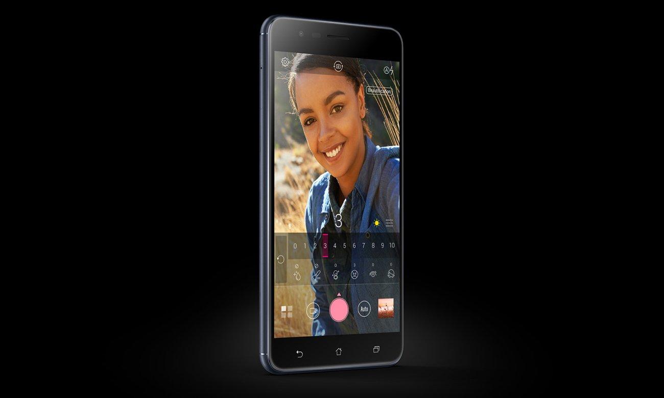 ASUS ZenFone Zoom S ZE553KL selfie 13 mpix