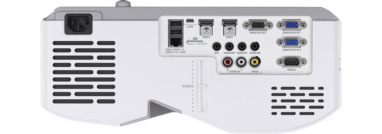 Casio XJ-UT352WN - Złącza