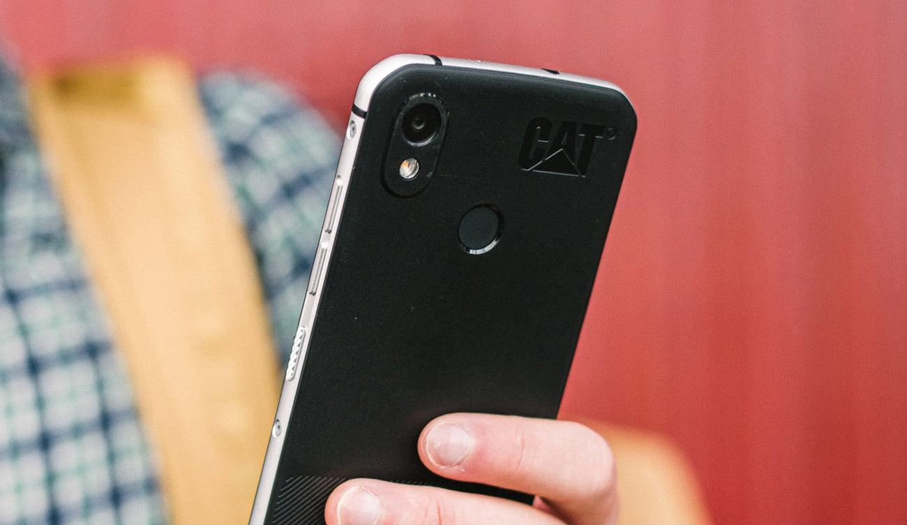 CAT S52 aparat 12 mpix sony dual pixel