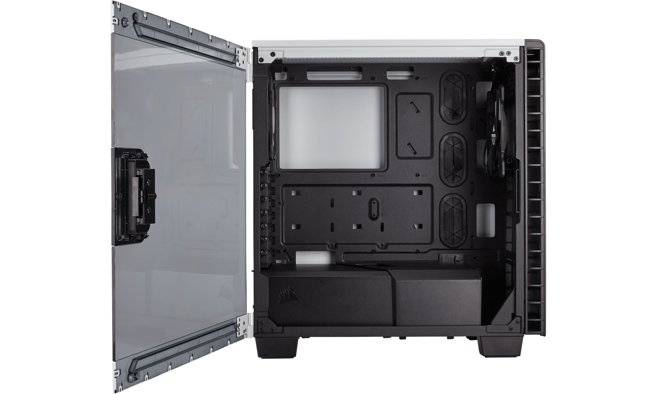 Corsair Carbide Clear 400C okno