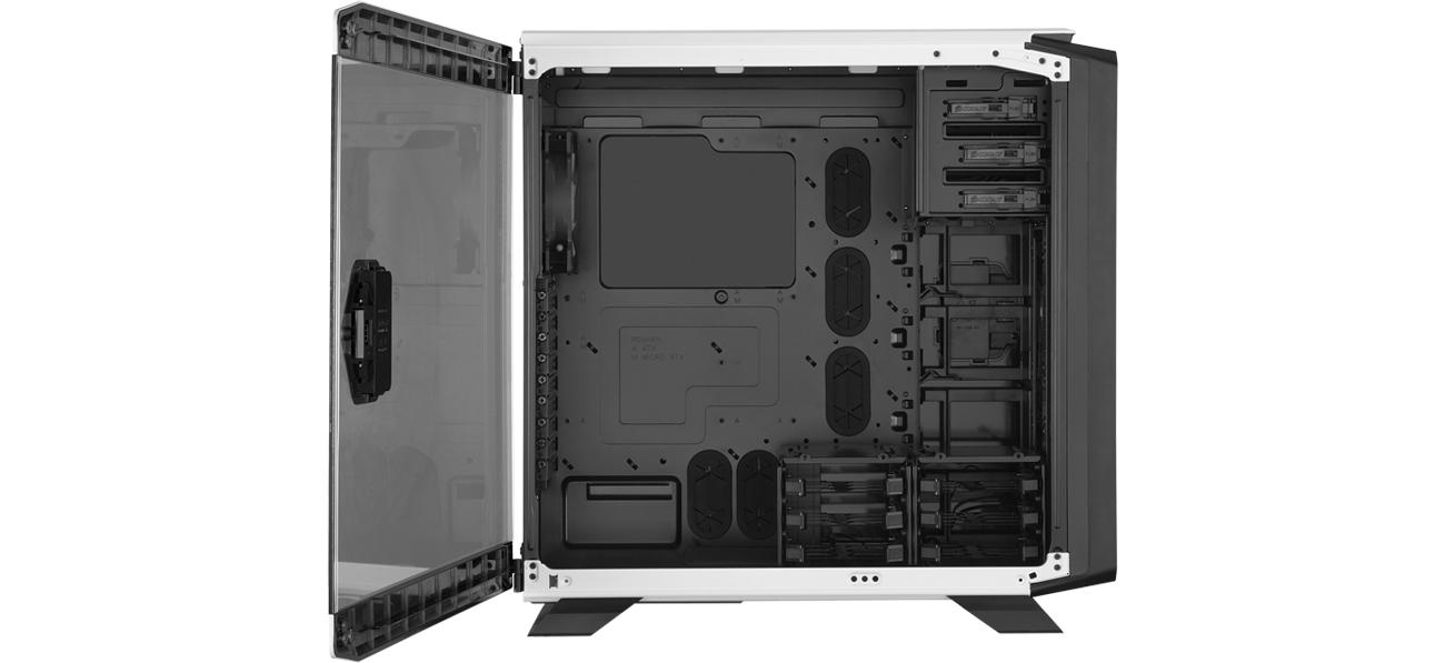 Corsair GRAPHITE 760T CASE wnętrze