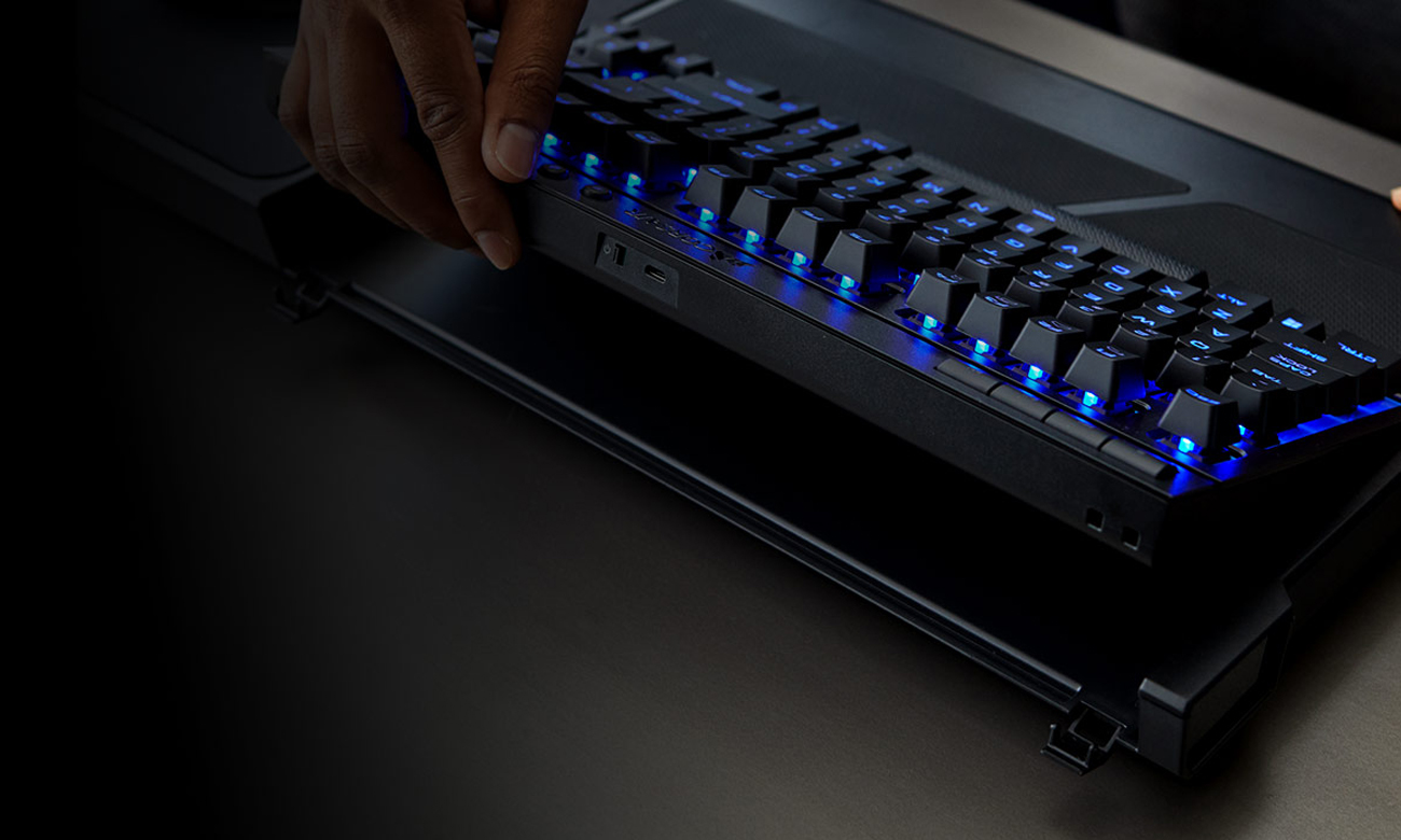 Corsair Gaming Lapboard Zaczepy