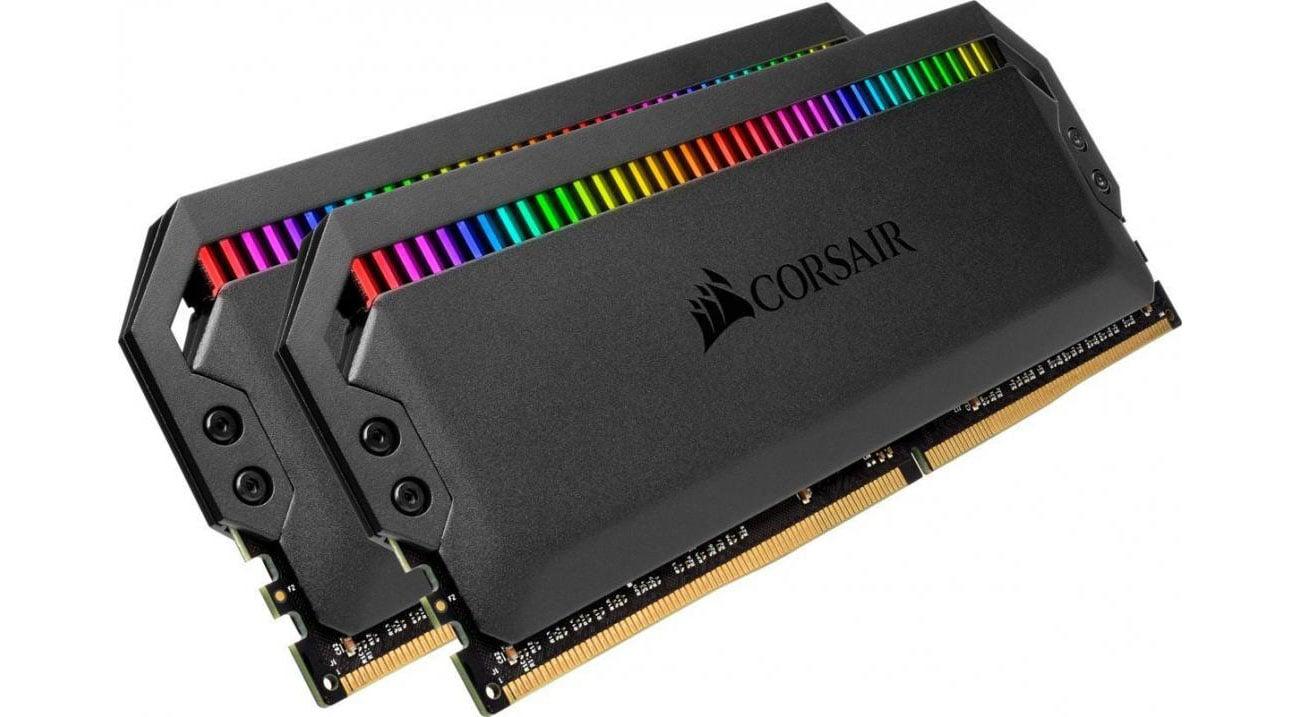 Pamięć RAM DDR4 Corsair 16GB 3200MHz Dominator PLATINUM RGB CL16 (2x8GB) CMT16GX4M2C3200C16
