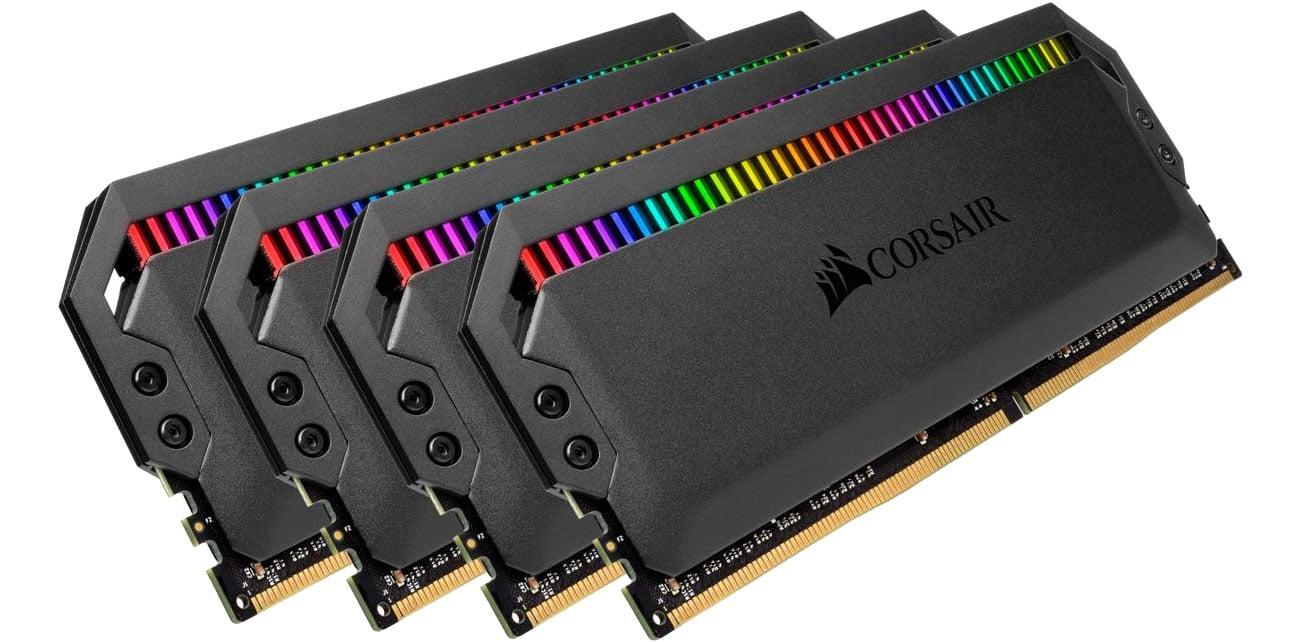 Pamięć RAM DDR4 Corsair 32GB 3200MHz Dominator PLATINUM RGB CL16 (4x8GB) CMT32GX4M4C3200C16