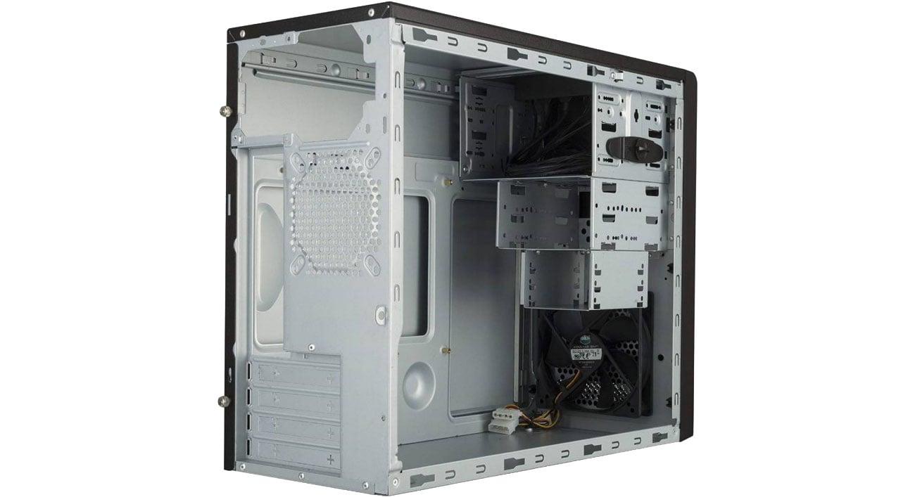 Cooler Master MasterBox E300L Wnętrze