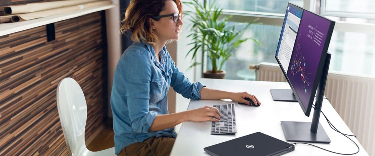 Monitor do zastosowań biznesowych Dell P2720DC