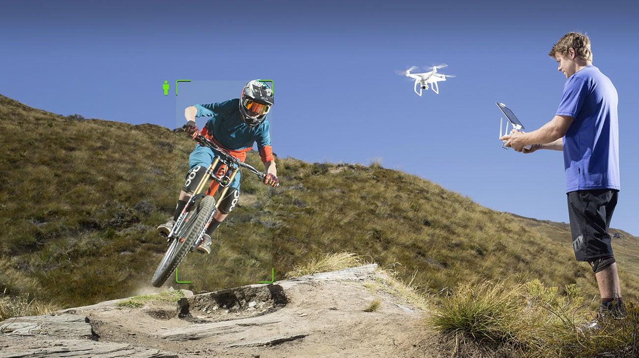 Inteligentny dron prosty w obsłudze