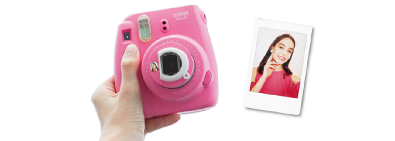Lusterko do selfie w Instax Mini 9