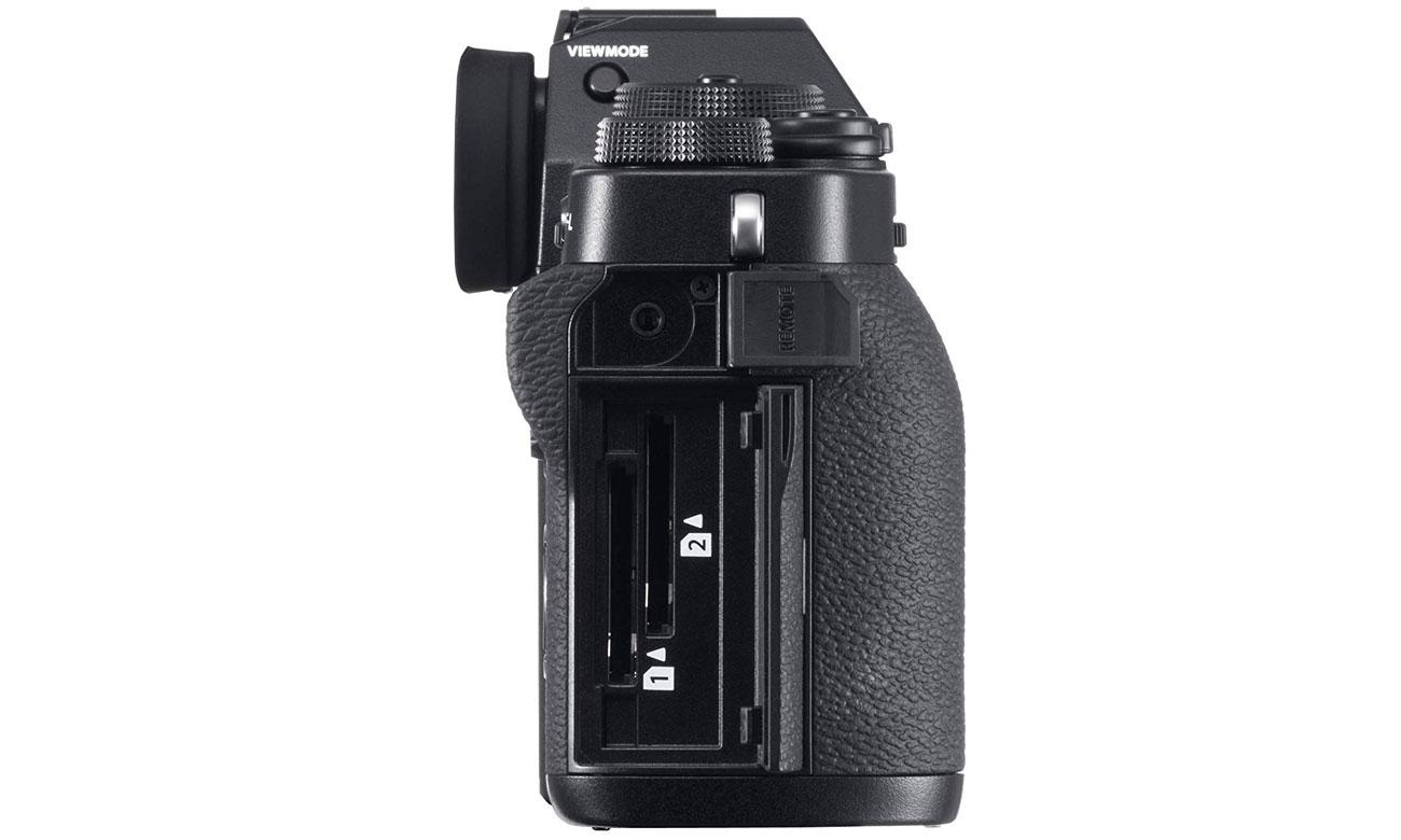 Fujifilm X T3 body widok z boku sloty