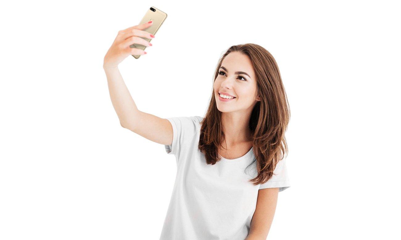 Honor 7c kamera selfie 8 mpix