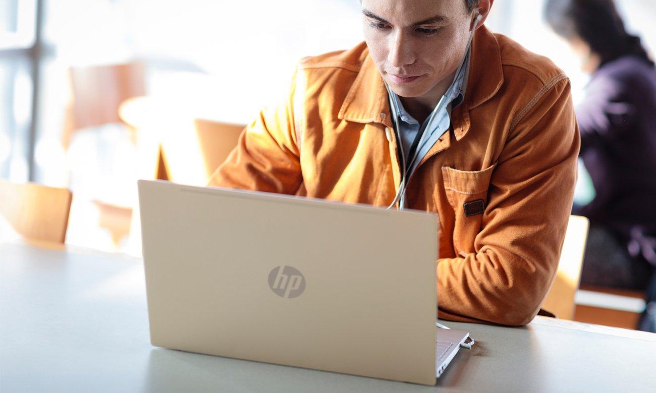 Procesor Intel Core i5 ósmej generacji w HPPavilion 14
