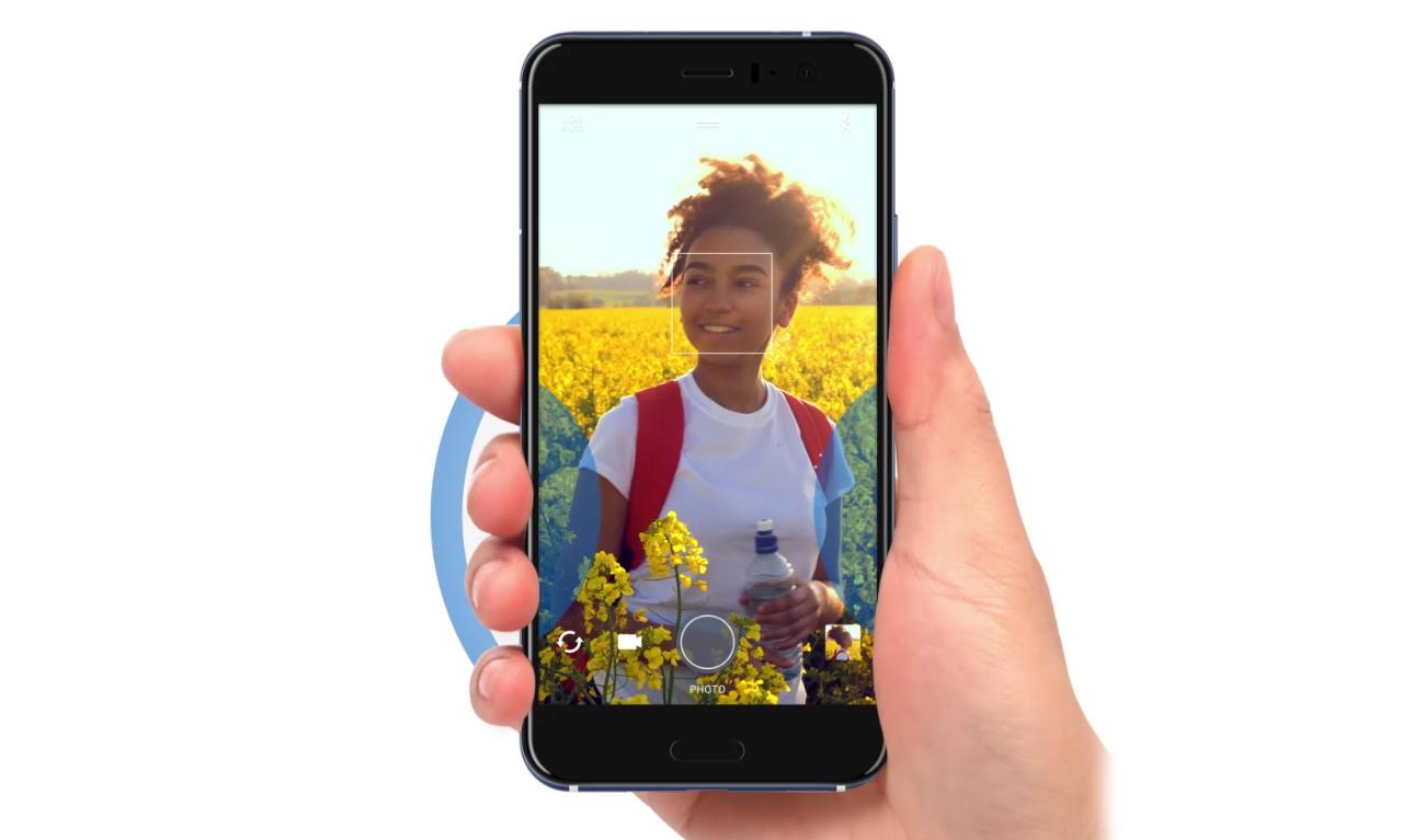 HTC U11 kontrola aparatu uściskiem