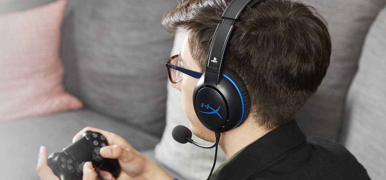 Słuchawki przewodowe HyperX Cloud Chat for PS4 HX-HSCCHS-BK/EM
