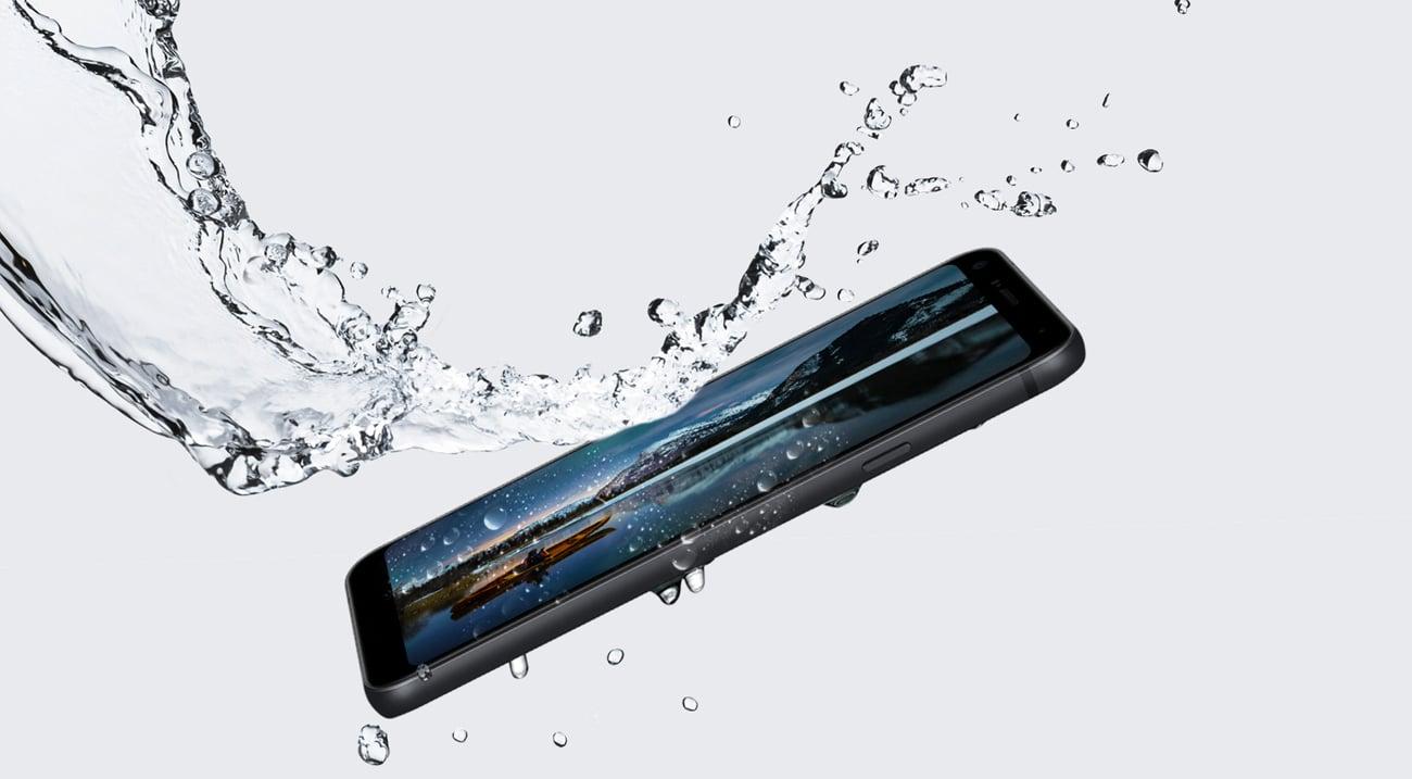 LG Q7 ip68 milSTD