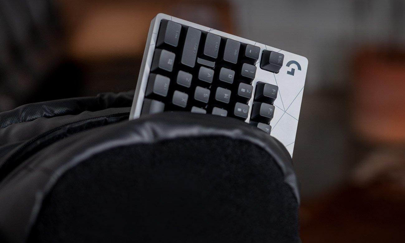 Komfortowa konstrukcja klawiatury Logitech G PRO
