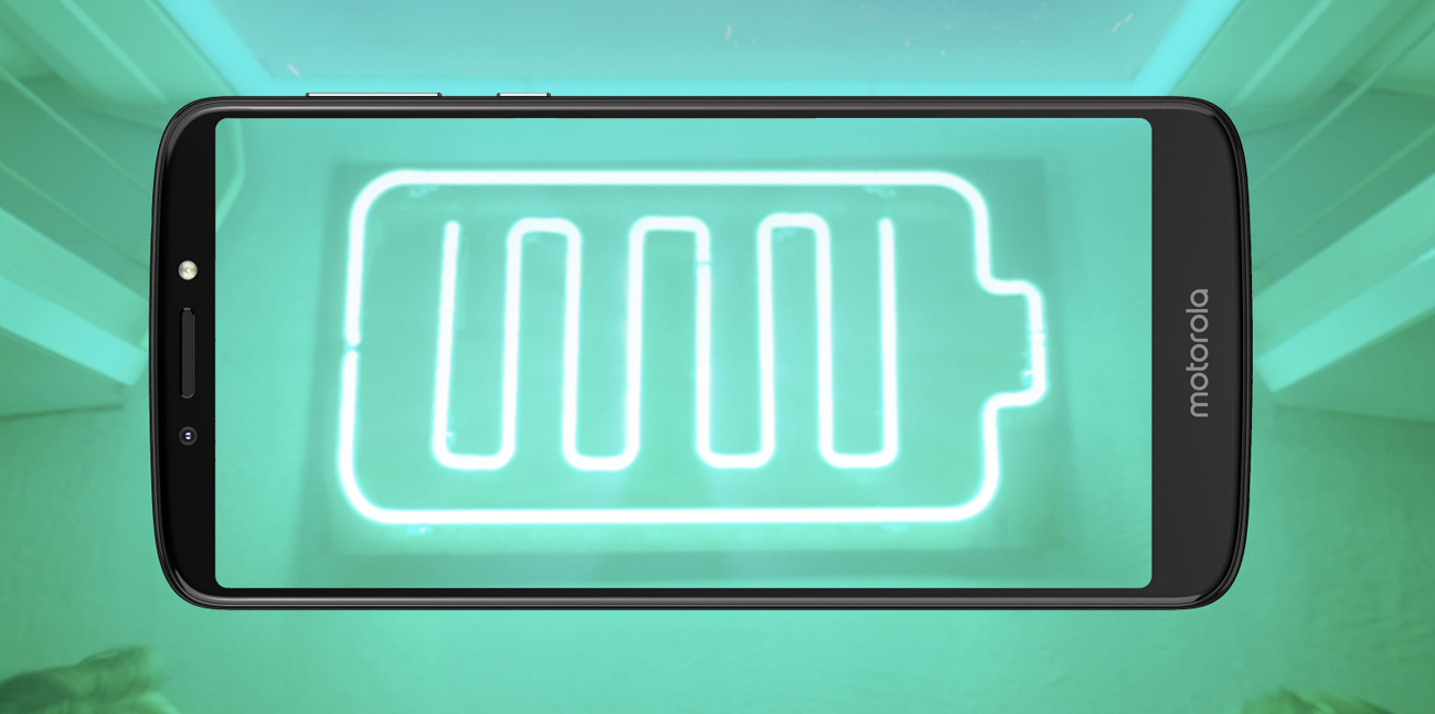 Motorola Moto E5 Plus bateria 5000 mah