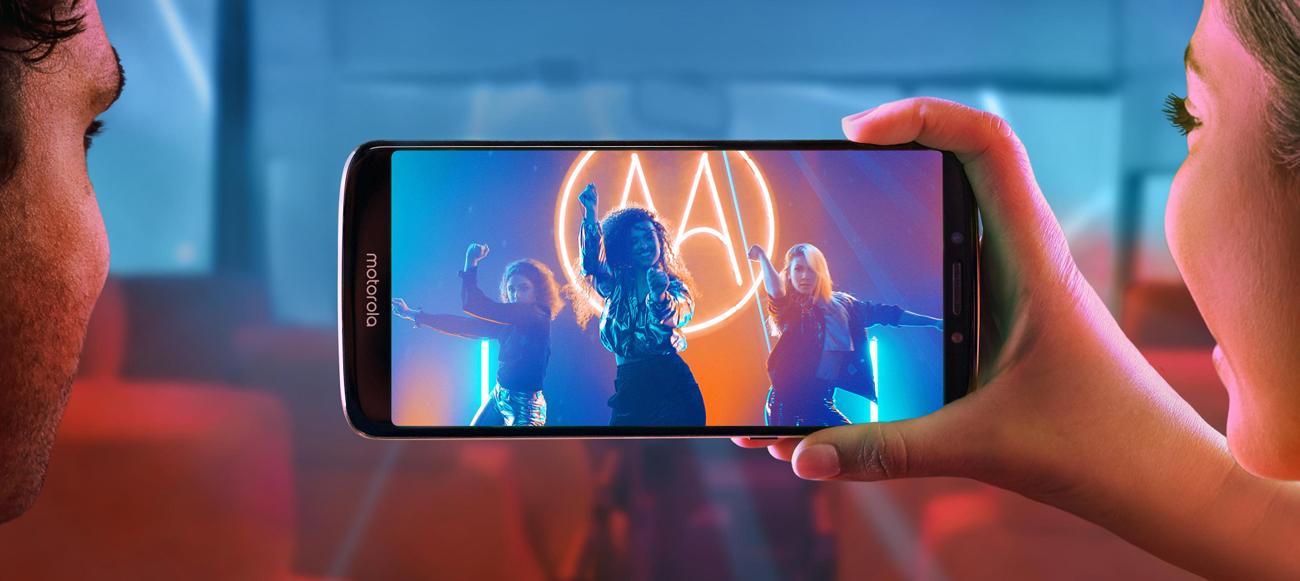 Motorola Moto E5 ekran maxvision 5,7