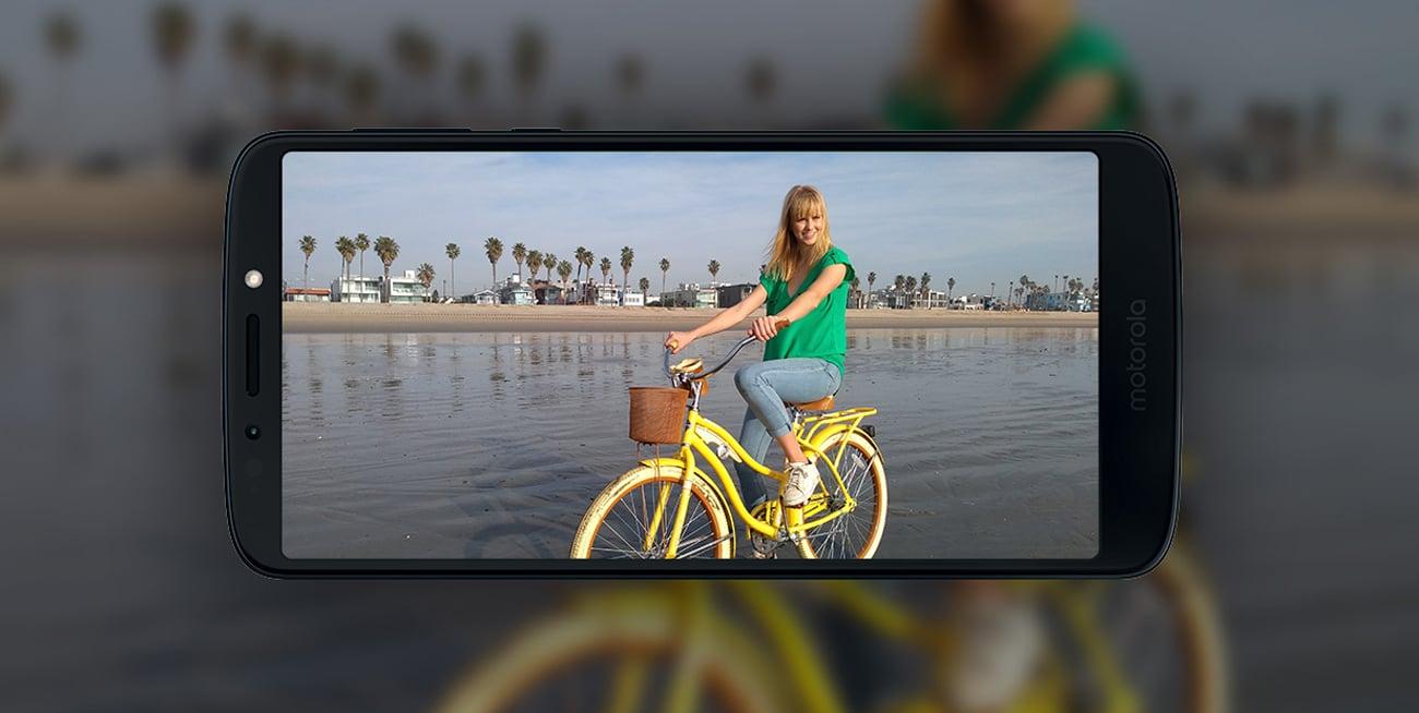 Motorola Moto G6 Play selfie 8 mpix