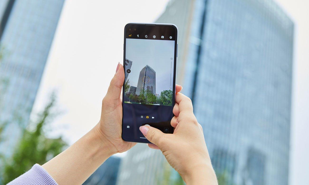 Das Smartphone mit Fingerabdrucksensor MOTOROLA Moto G 5G Plus 128GB Surfing Blue
