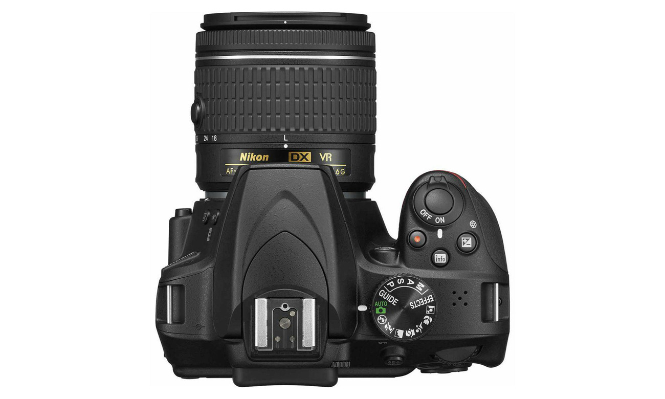 Lustrzanka Nikon D3400 z góry
