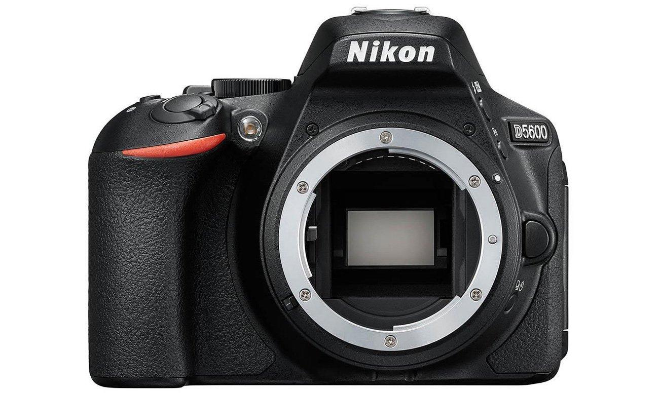 Aparat Nikon D5600 lustro