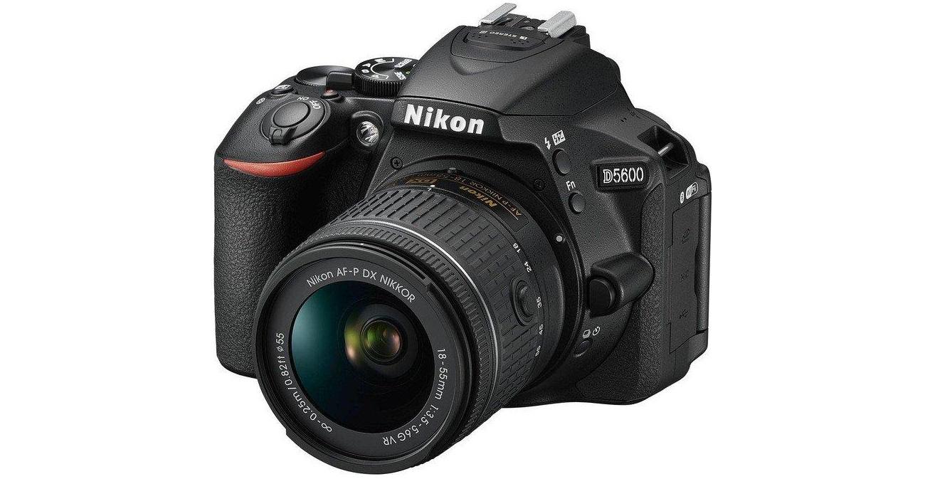 Lustrzanka Nikon D5600 + AF-P 18-55 VR VBA500K001