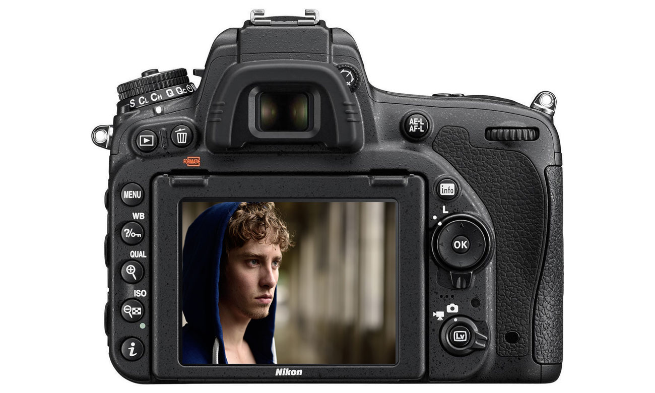 Nikon D750 body widok z tylu ekran LCD