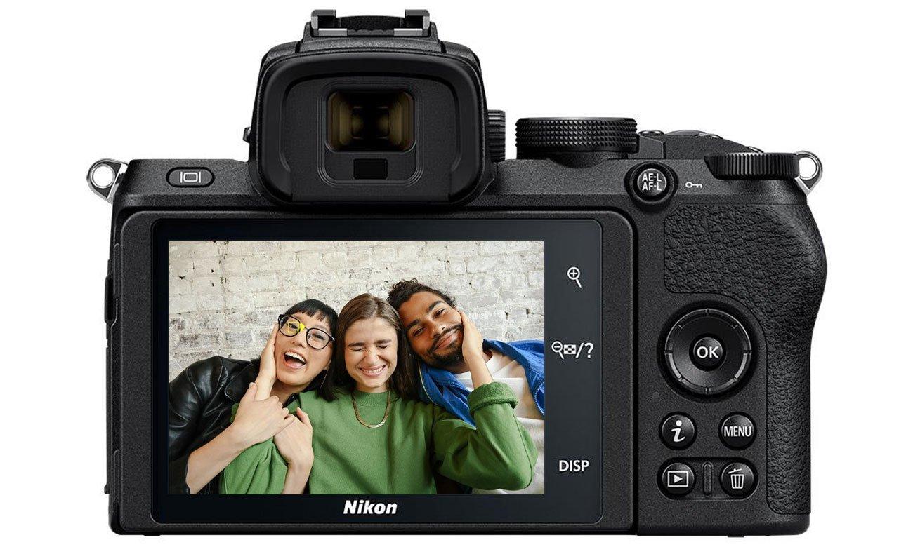 Nikon Z 50 + FTZ adapter + Nikkor Z DX 16-50mm VR