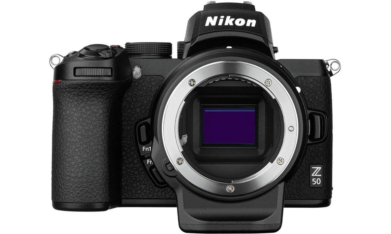 Aparat bezlusterkowy Nikon Z 50 + FTZ adapter