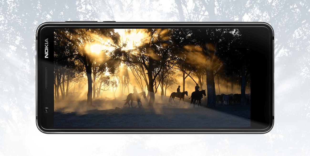 Nokia 3.1 panoramiczny ekran
