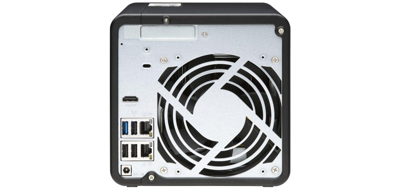 Serwer NAS QNAP TS-453D-4G)