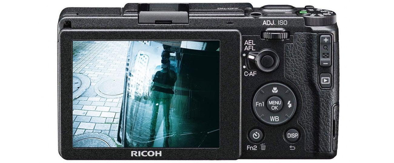 Aparat kompaktowy Ricoh GR II Zdjecie