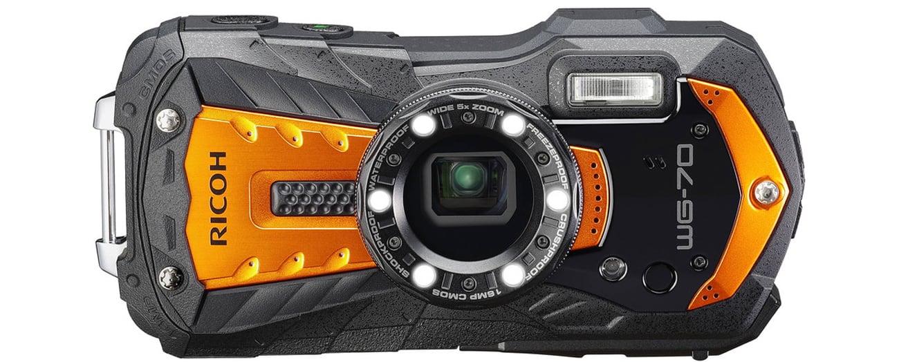 Wytrzymały aparat Ricoh WG-70 pomarańczowy