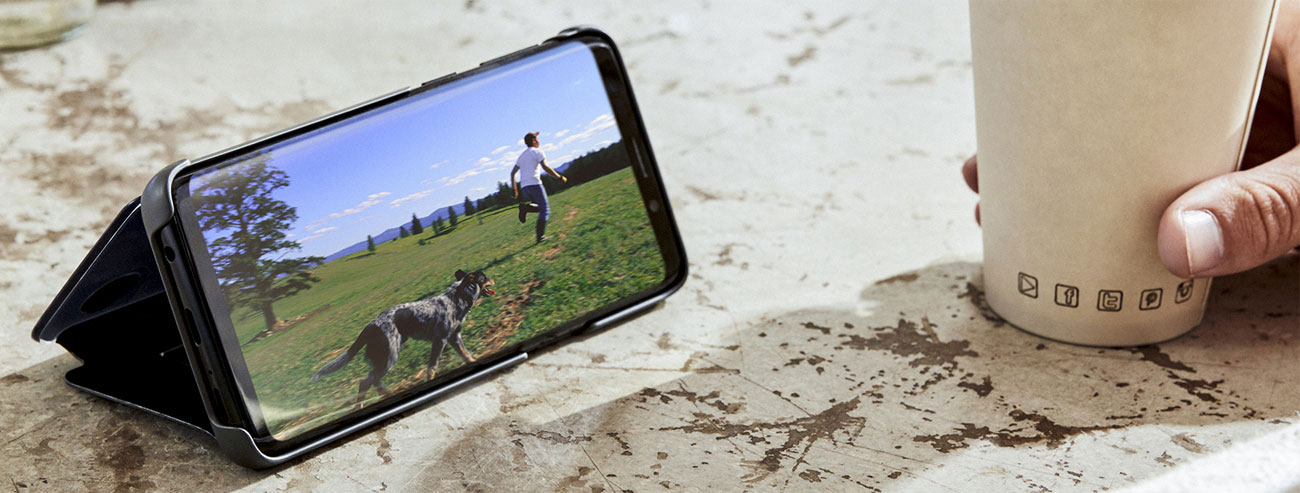 Clear View Standing Cover do Galaxy S9+ Funkcja podstawki