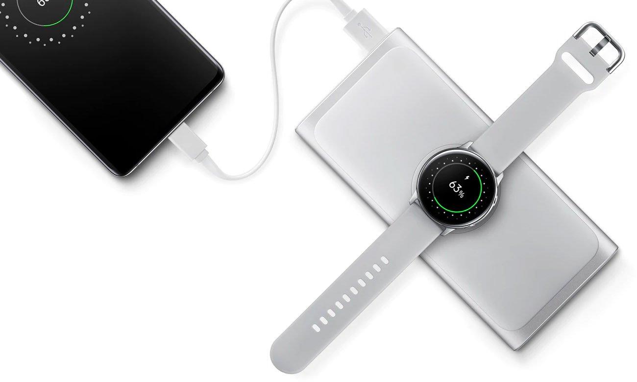 Samsung Wireless Battery Pack Ładowanie dwóch urządzeń, port USB
