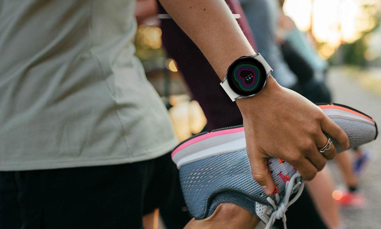 Samsung Galaxy Watch 4 Aluminium 44 mm Black LTE monitorowanie aktywności fizycznej