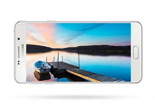 Ekran 4.7 HD Super AMOLED | Większy ekran i wyższa rozdzielczość