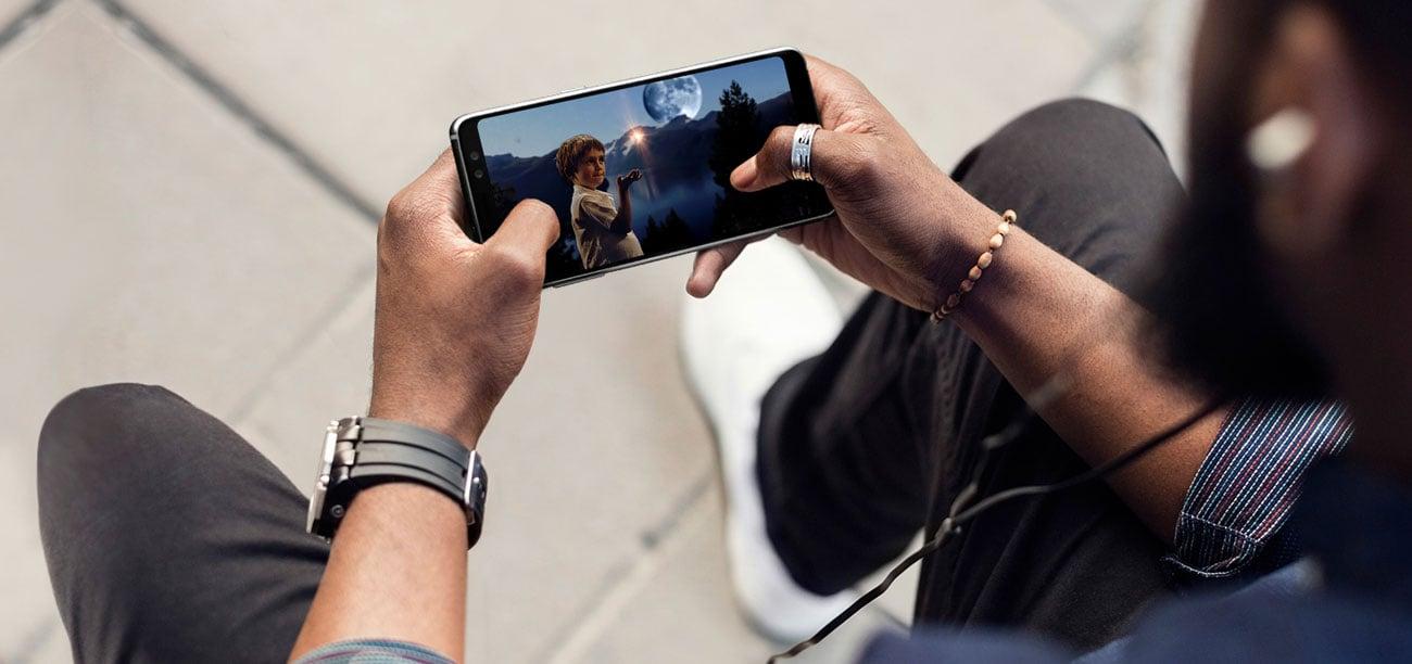 Samsung Galaxy A8 A530F Black Sky ośmiordzeniowy procesor Exynos