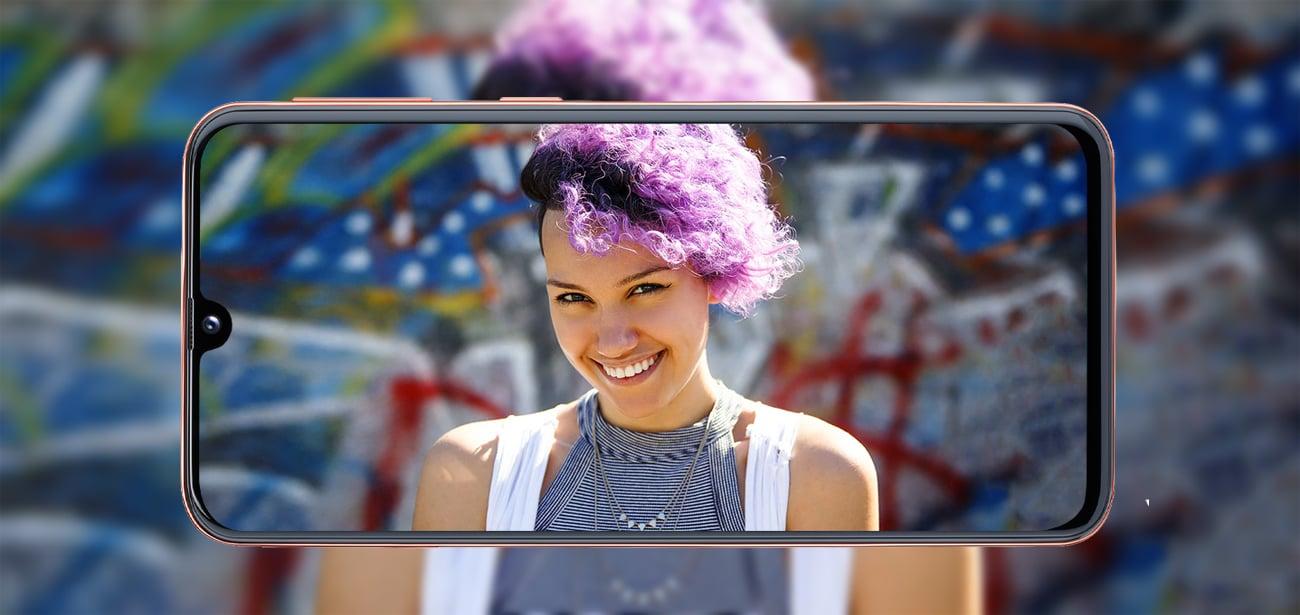 Samsung Galaxy A40 ekran infinity U super amoled