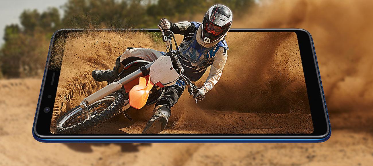 Samsung Galaxy a7 wyświetlacz infinity super amoled