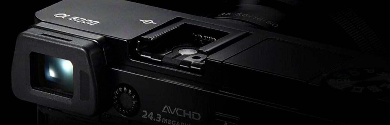 Sony ILCE-6000 + 16-50 mm Wizjer